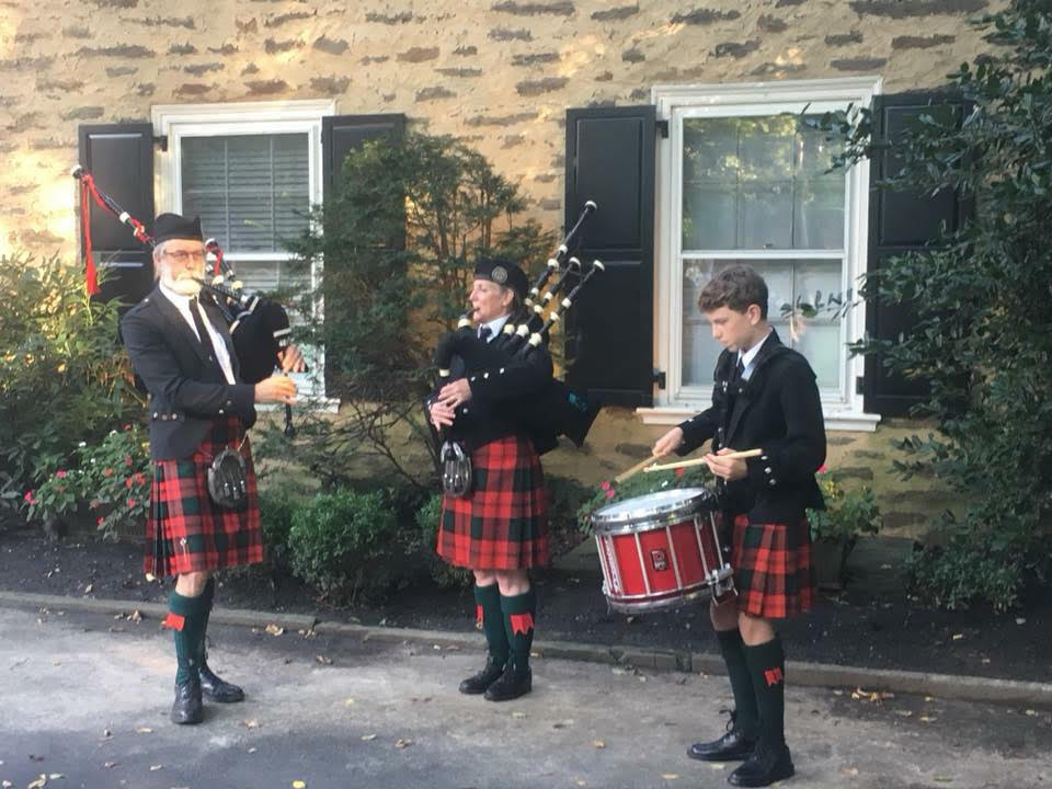 Pipe and drum trio
